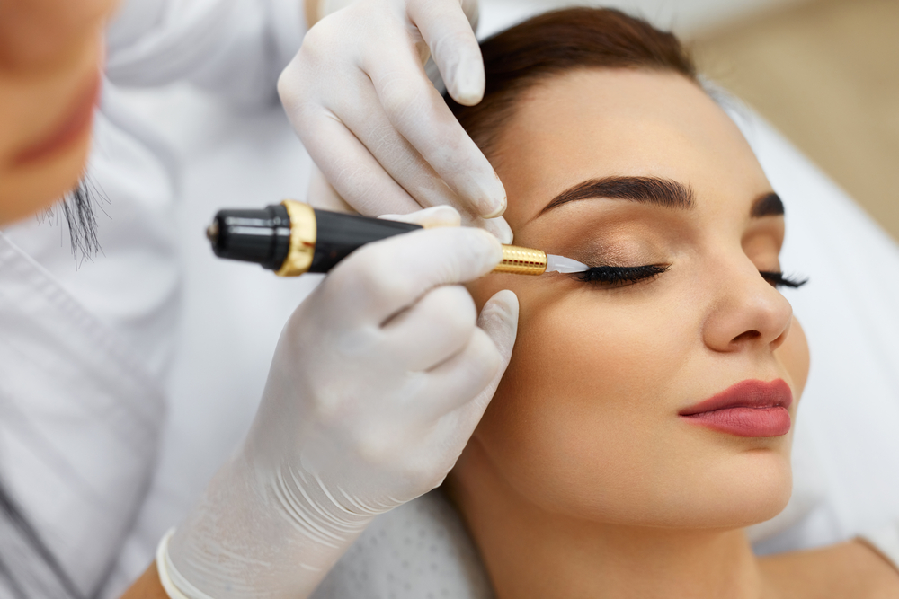 Permanent Makeup | head-hunters24.co.uk